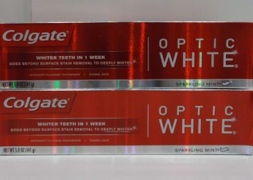 kem-danh-rang-optic-white